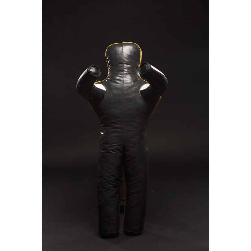 Mannequin - height: 130cm Weight: 25 - 35 kg.